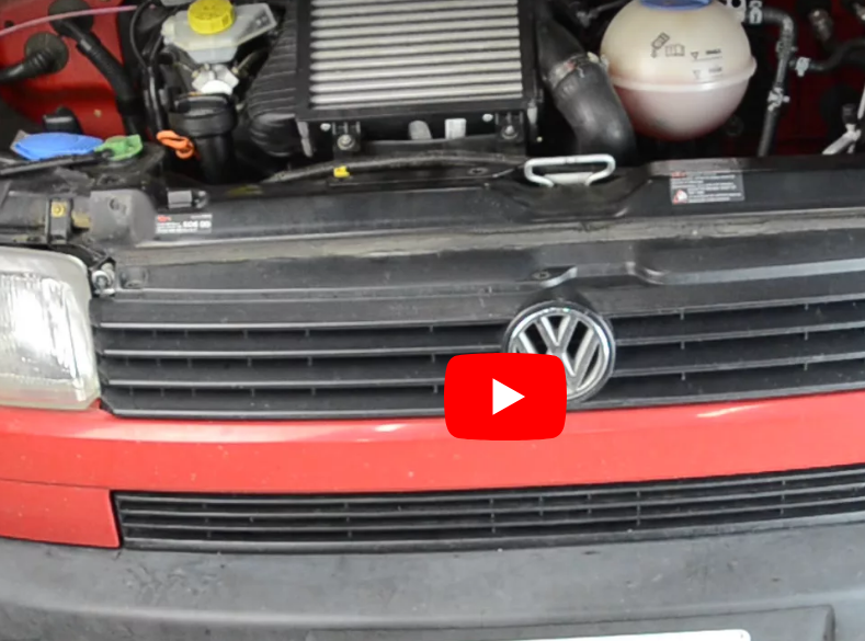 Opening the grill of a Eurovan T4